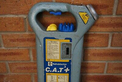 C.A.T 3+ Cable/pipe locator for buried cables/pipes in working condition