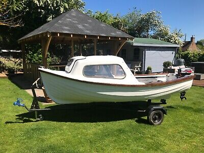 12.5 ft fishing boat / day boat with cuddy and outboard