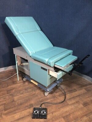 Ritter 105 Power Exam Table