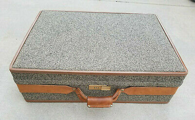 "VTG* 70's* Hartmann 26"" X 19"" X 8"" Tweed suitcase* leather trim*"