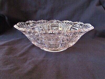 Beautiful Antique Vintage Glass Crystal Bowl Serving Display Bowl Light Purple