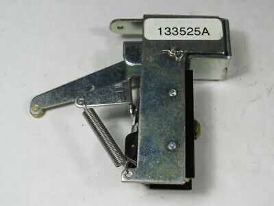 Microswitch 133525A Auxiliary Switch  USED