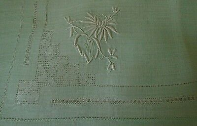 Antique Madeira Embroidery Organdy Set Tablecloth &12 Napkins Green & White