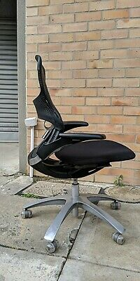 Award Winning Office Computer Desk Chair - Formway Design Be Task - RRP $450
