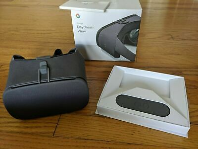 Google Daydream View VR Headset - Charcoal - Clean Condition - 2nd Generation