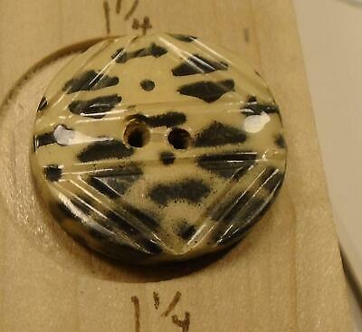 """WOW 1 1/8"""" Black and Cream  Celluloid Antique Button 37:15"""
