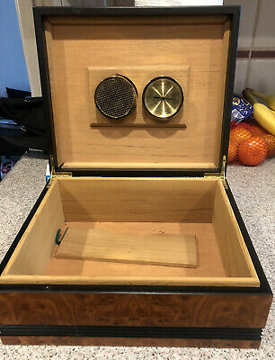 Vintage Brown  1915 Thompson & Co. Wooden Cigar Box and Humidor Great Shape