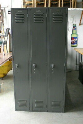 Vintage GREY METAL GYM LOCKERS - Excellent condition - SET of 3 CONNECTED