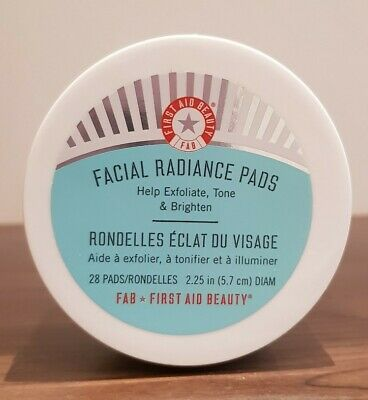First Aid Beauty Facial Radiance 28 Pads RRP £25