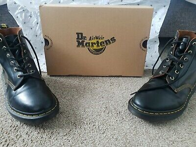 Dr Martens Mens Boots 101 archive lace up leather