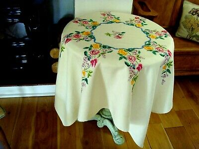 Vintage Hand Embroidered Linen Tablecloth ~Beautiful Sweet Peas & Lilac Flowers