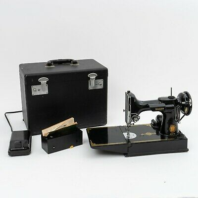 Vintage Singer Featherweight 221 Portable Sewing Machine 1953 Serial # AL429748