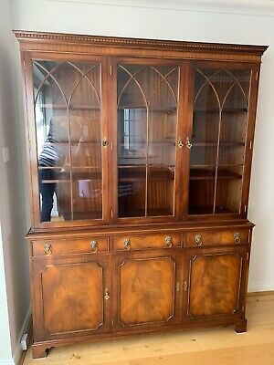 Large Bevan Funnell Reprodux Flame Mahogany Triple Door Bookcase Display Cabinet