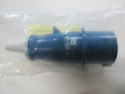 Mennekes Industrial Mains Connector 240V 3 pin by RS no.491-557 16A 2P+E IP44.