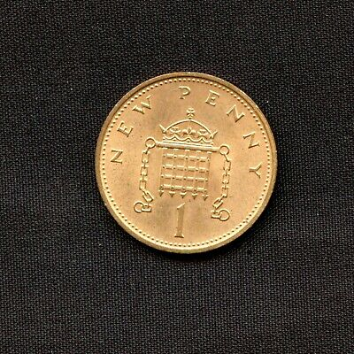 Vintage 1971 One Penny Coin Queen Elizabeth II Great Britain UK