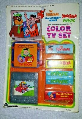 Vintage Hannah Barbera Color TV Set - Flintstones, Yogi, Huckleberry Hound 1975