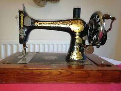 Singer Antique 1894 Crank Handle Sewing  Machine