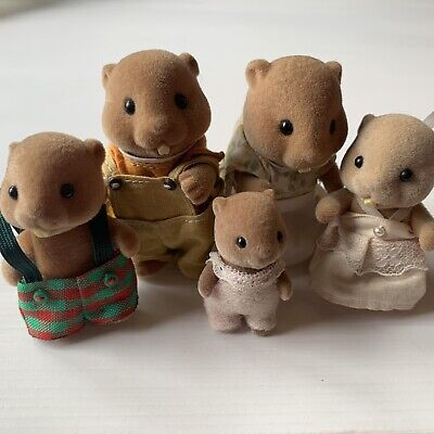 Vintage Sylvanian Families The Waters Beaver Family. Rare Collectible Retro Toy