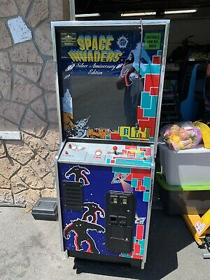 Space Invaders Qix Silver Anniversary Upright Video Arcade Machine