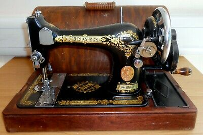 Antique Singer Hand Crank Sewing Machine Model 28K Dated 1935