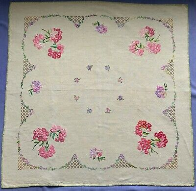 VINTAGE HAND EMBROIDERED TABLE COVER / TABLECLOTH 42 x 42 inch FLOWERS