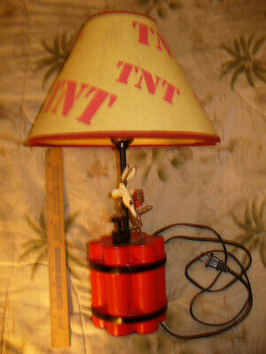 Rare Wile E Coyote Warner Brothers TNT Table Lamp Dynamite Looney Toons Novelty