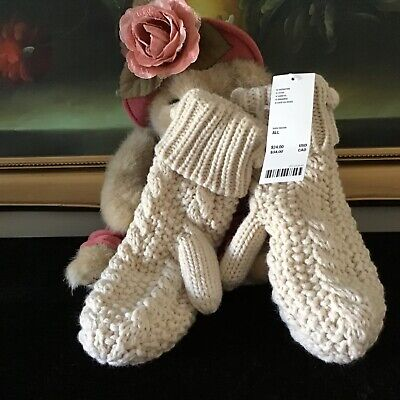 NWT Urban Outfitters women's UO Pom Knit Mitten Glove Chunky stitch Ivory BE07