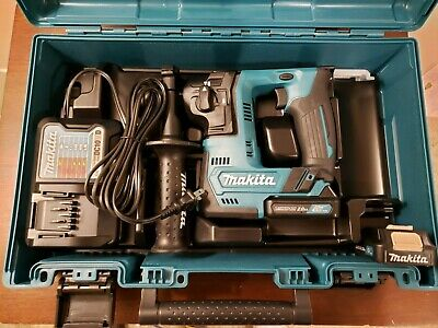 Makita RH02 12V CXT Lithium-Ion 9/16 in. Rotary Hammer Drill Kit (New)