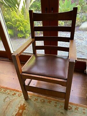 Set of 6 L&JG Stickley dining room chairs.