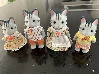 Sylvanian Families Figures Grey Cat Family