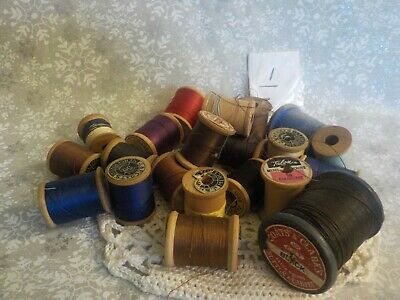 Lot Vintage Wooden Thread Spool JP Coats & Clark #1