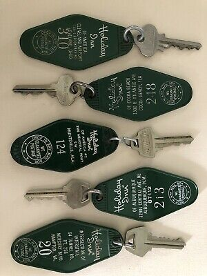 Bundle 5 Piece Vintage Holiday Inn Hotel Keys Fob  All Different Cities Asst 9