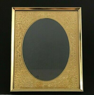 Vintage CARR Gold Tone Metal Picture Photo Frame Oval Ornate Floral Mat 6''x8''