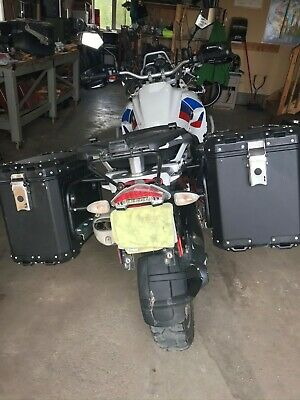 aluminum motorcycle panniers - Moose Expedition