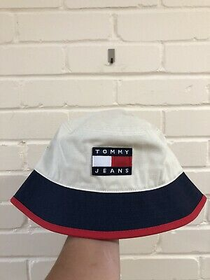 Tommy Jeans Badge Bucket Hat Summer Hat Cap BNWT One Size