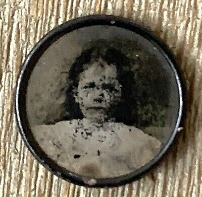 Antique Victorian Photograph Button Pin Young Child Girl With Bow Portrait Photo
