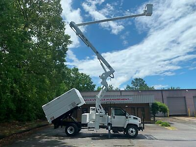 2009 Altec Lrv60-E70 Boom Chipper Dump! Forestry Package Elevator Bucket Truck