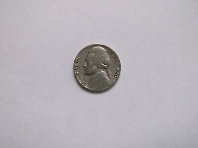 coin  Currency used and circulated, 5 cents metal coin 1940 ,USA  Antique.  1 ct