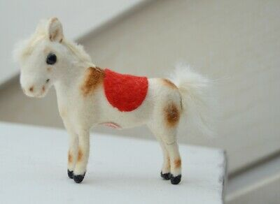 Pony Max Carl Wagner Puppenstube flocked animal pony