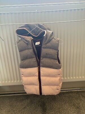 Immaculate condition Decathlon QUECHUA Bodywarmer Gilet Grey and Pink Age 2