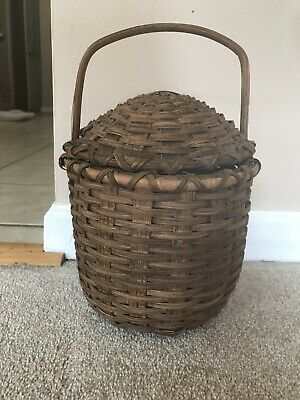 Beautiful Antique Basket With Handle And Top