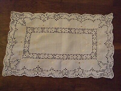 """Beautiful antique lace & embroidered linen tray/dressing table cloth 15"""" x 11.5"""""""