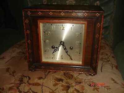 Vintage Enfield Striking Mantel Clock For Spares Or Repair