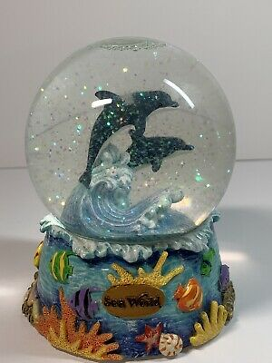 "SeaWorld Snow Globe Two Dolphins 4"" Wide 5.5"" Tall Collectible"