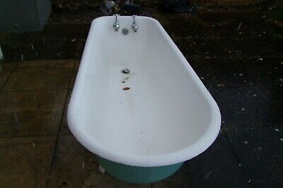 Vintage/antique Cast Iron Bath