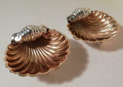 A Pair of Antique Silver Shell Dishes With Gilded Interiors: Birmingham 1897