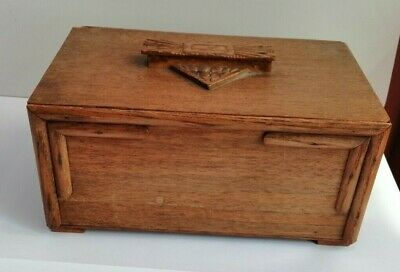 Early 20th century Arts and Crafts hand made lift out box
