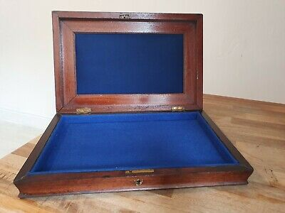 Vintage Wooden Display Box Jewellery Medals Coins