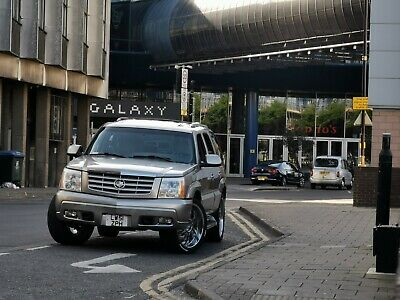 Cadillac Escalade V8 345HP Low mileage 88100 NO RESERVE PRICE