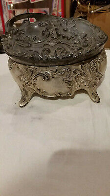 """Vntg Metal Jewelry Oval Trinket Box Heavy Cast iron French footed #139 large 7"""""""